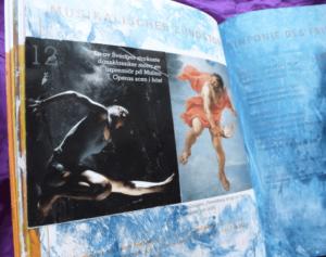 Alte Bücher und Kataloge für das Art Journaling nutzen